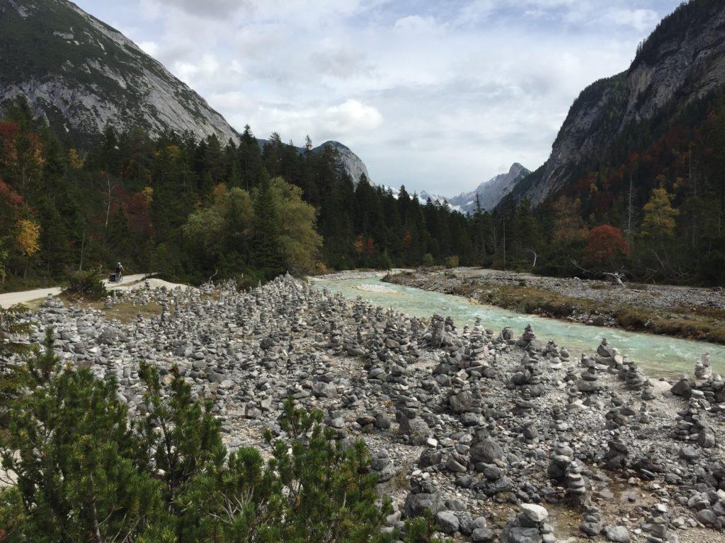 Steinmandl an der Isar