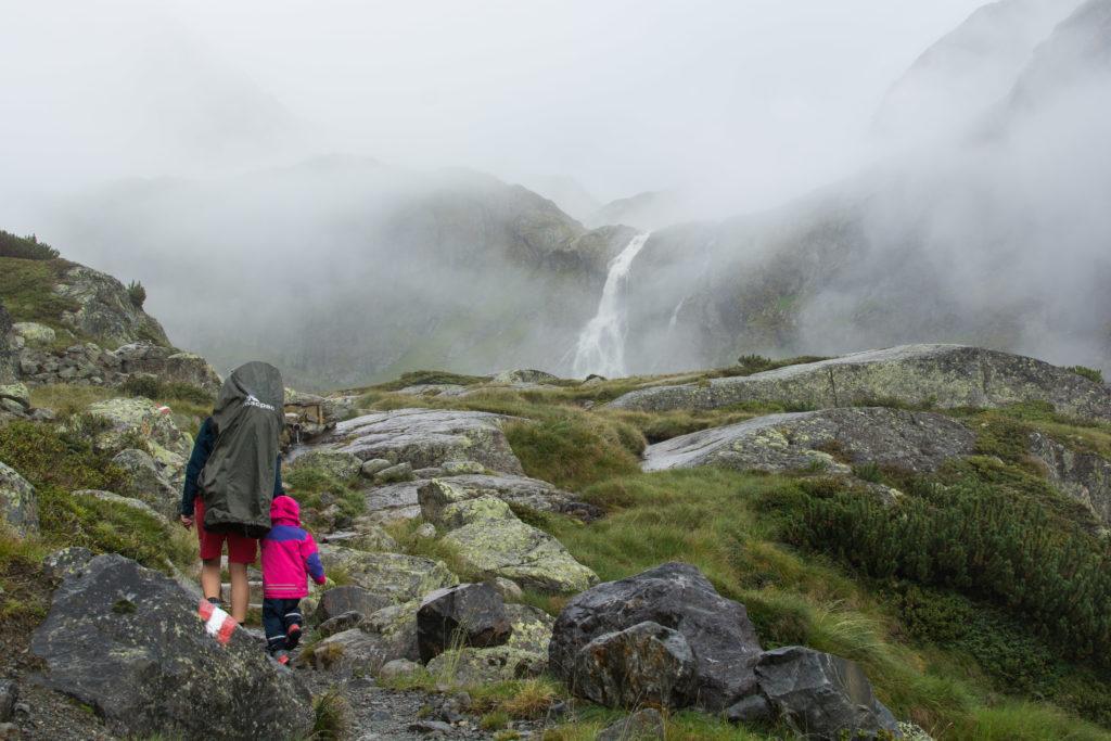 Der Wasserfall Bachfalle ist in Sicht