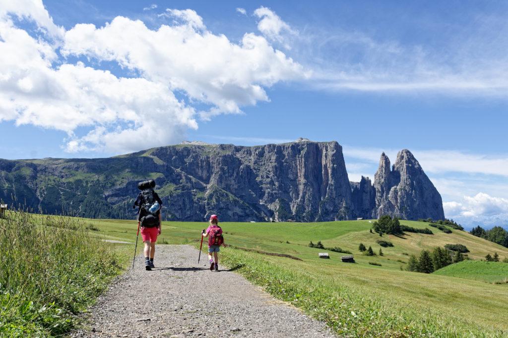 Wandern mit Kindern auf der Seiser Alm zum Schlernhaus